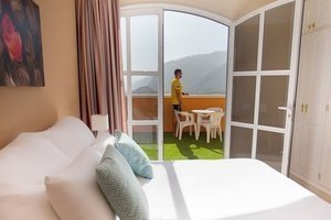 Отель Coral Los Silos